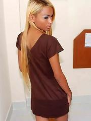Long haired blonde ladyboy i...