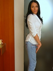 Horny chicana t-girl wildly ...