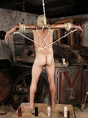 Slave is smothered in latex ...