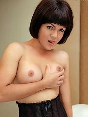 Little Thai tranny loves str...