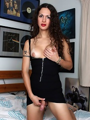 Irresistible Nicole Montero ...